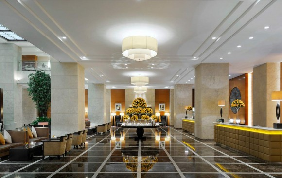 Hotels dpa lighting consultants right light right for Foyer accommodation