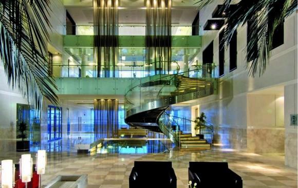 Hyatt Regency, </br> Dubai