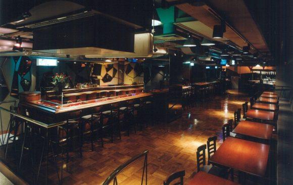 Xy Nightclub, Japan