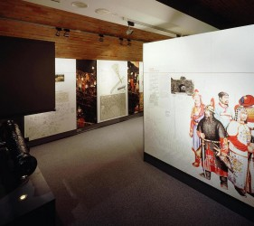 art gallery track lighting. that are accented with low voltage track lighting and integral fibre optic to the displays where fragile fugitive artefacts exhibited art gallery
