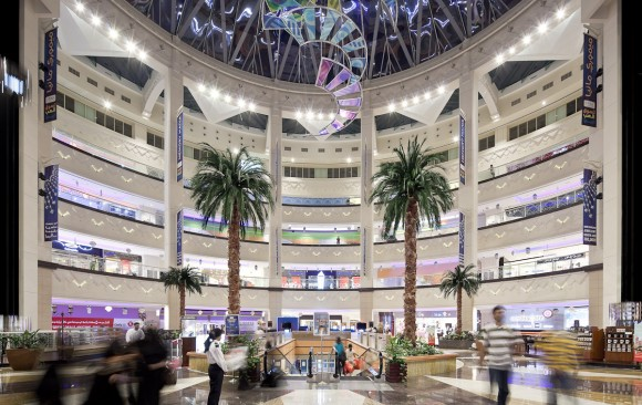 Oasis Shopping Centre, </br> Dubai