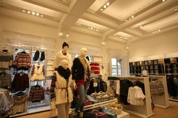 H&M, College Green, Dublin </br> &nbsp