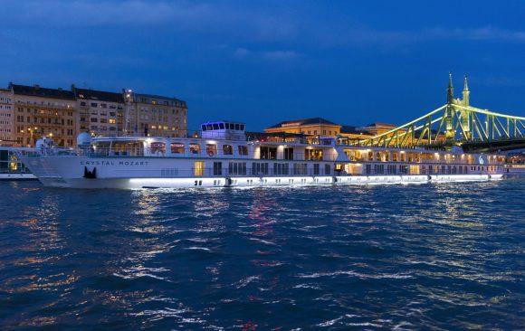 Crystal Mozart, Crystal Cruises